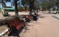 Plazas de Cerrillos de Tamaya y Barraza beneficiadas con arreglos navideños