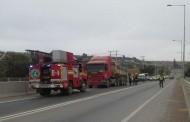 Amago de incendio de camión en medio del puente La Chimba alertó a Bomberos