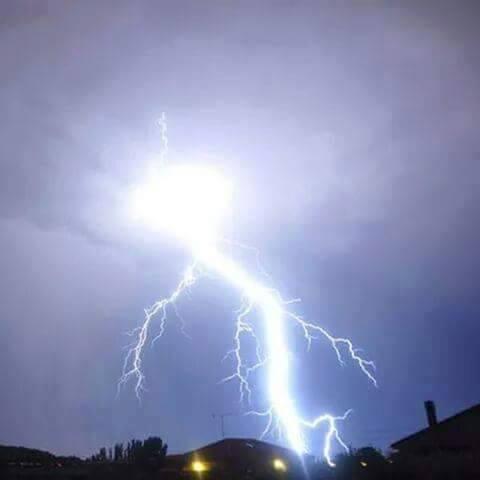 Alerta : Continuarán hoy precipitaciones y tormentas eléctricas en la región