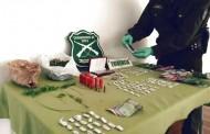 OS-7 allana tres domicilios e incauta droga y munición