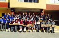 48 estudiantes de excelencia reciben computadores en Punitaqui