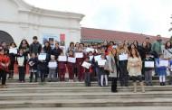Premian a niños pintores que se inspiraron en los Pueblos Originarios de Chile