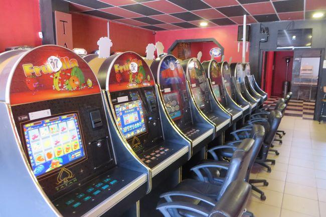 Representante De Locales De Juegos Electronicos Afirma Que