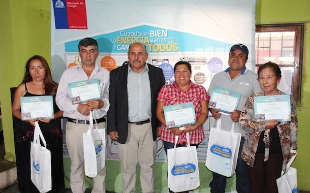 Punitaqui es la primera comuna de Limarí en recibir capacitación y ampolletas eficientes