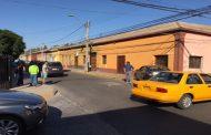 AHORA: Colisión se registra en esquina de calle Libertad con Carmen