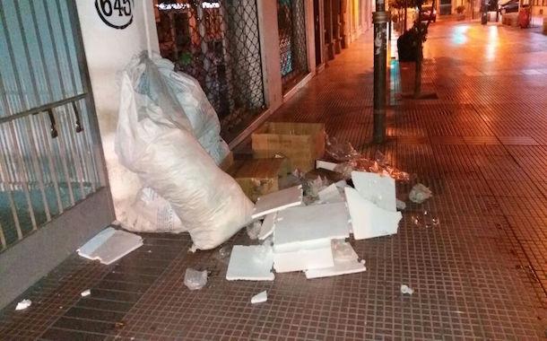 Lectora se manifiesta preocupada por la suciedad de las calles en la ciudad