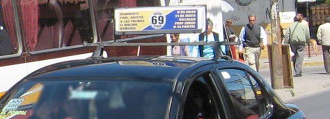 Usuarios de taxi colectivo reclaman por conductores cómodos