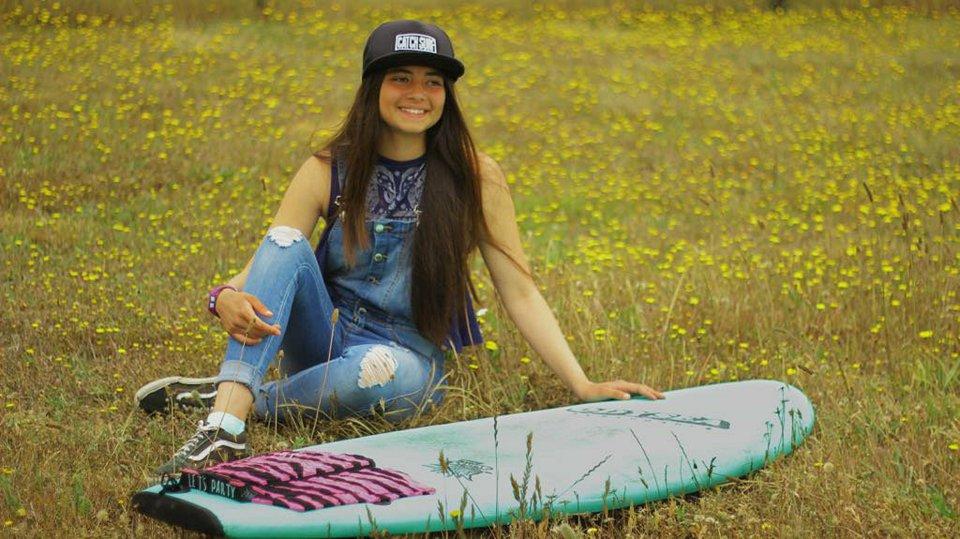 María de los Ángeles Pizarro: La joven que representá a la región en circuito nacional de surf