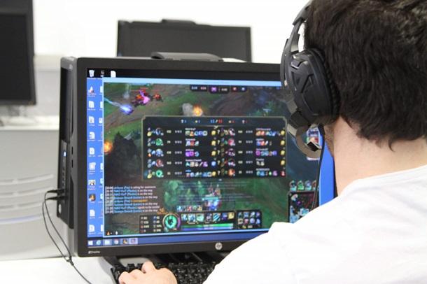 Fanáticos de LOL League Of Legends disputarán final de torneo en Ovalle