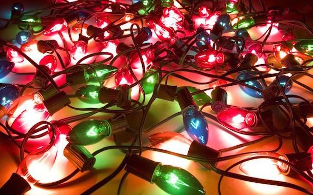 Recomendaciones para prevenir riesgos eléctricos en Navidad y Año Nuevo