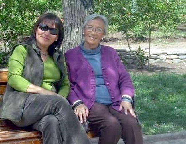 A mi madre Ana Ester Castillo Rojas a 11 años de su partida