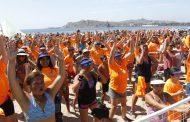 """Miles de personas participaron de evento """"Baila con Aguas del Valle"""" en la región"""