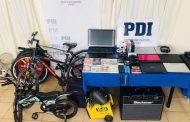 Bicicletas y equipos computacionales aún esperan a sus dueños en cuartel de la PDI