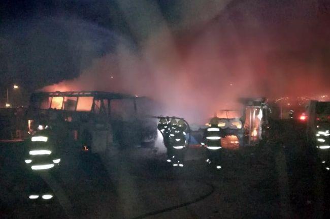 Detienen a dos personas que estarían vinculadas al incendio de dos buses en Ovalle