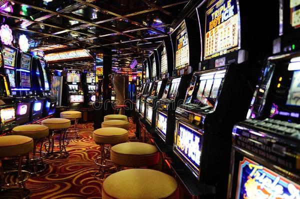 Región: Ordenan a casino indemnizar a cliente por 160 millones de pesos