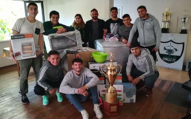 Entregan importante donación a club de fútbol ovallino