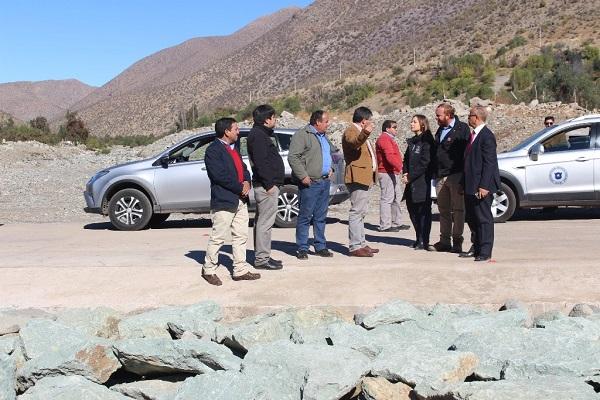 Pavimentarán ruta entre Serón y El Puerto en Río Hurtado