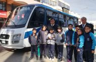 135 estudiantes ovallinos se trasladarán a sus escuelas en dos flamantes buses nuevos
