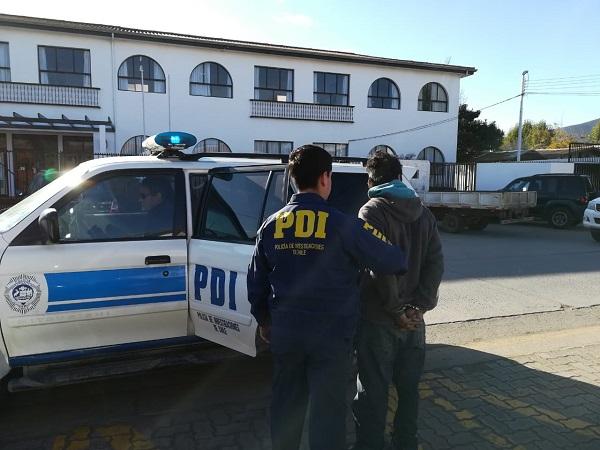 Detienen a conocido ladrón robando paltas en Sotaquí