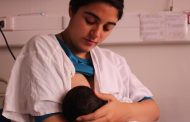 Expertas hacen hincapié en su relevancia de la lactancia materna para el crecimiento de los niños