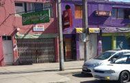 Detienen a cinco jóvenes por robo de madrugada a tienda de ropa americana