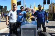 """Creativos autos artesanales participaron en la competencia de """"Carros Locos"""" en Ovalle"""