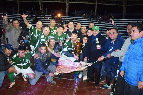 Unión Tuqui es el campeón del baby fútbol ovallino