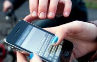 Empujó a mujer para arrojarla al suelo y robar su teléfono celular