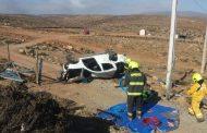 Herido grave al volcar camioneta en el sector La Cebada