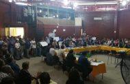 Docentes municipales llegan  a apoyar al alcalde mientras ediles piden saber acerca del informe de Contraloría
