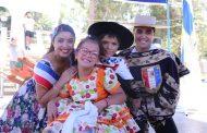 Campeones nacionales de cueca visitaron Ovalle motivados por la amistad de Guisel y Pablo