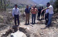 Evalúan en terreno infraestructuras de riego tras movimiento telúrico