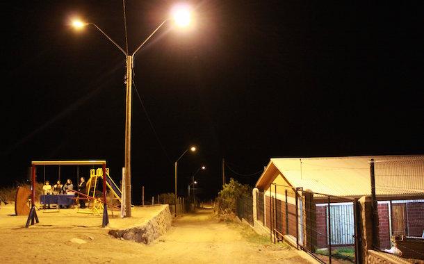 Hacienda Valdivia de Monte Patria inaugura nuevas Luminarias