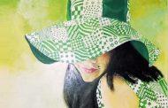 La misteriosa dama del sombrero y el lunar sobre el labio