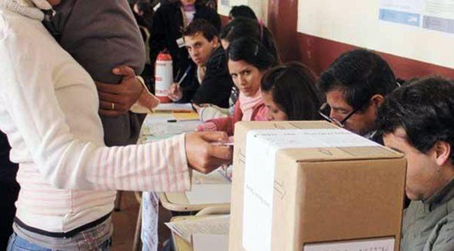 ¿Qué le parece? Proponen que jóvenes de 14 años voten en elecciones municipales