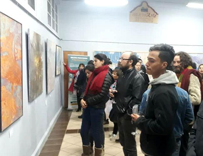 Exposición de Manuel Veliz dio inicio a su viaje desde la Estación de Ovalle