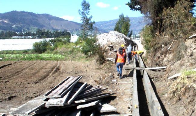 Pequeños regantes de Barraza Bajo quieren revestir sus canales para evitar filtraciones de agua
