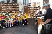 Artista ovallino comparte con pequeños de Jardín Infantil