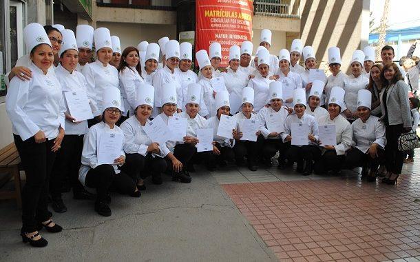 Futuros chefs se certificaron en alimentación industrial