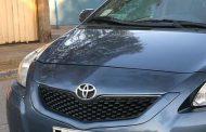 Automovilistas denuncian reiterados robos de logos de sus vehículos en David Perry