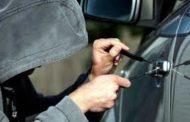 Dueño de camioneta robada siguió en un colectivo a los ladrones: atrapó a uno