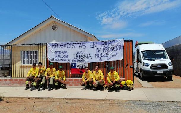 FotoNoticia: Brigadistas forestales del Limarí adhieren a paro en solidaridad con colegas de la 8va Región