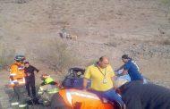 Fallecen trabajadores temporeros al volcar automóvil en el que viajaban