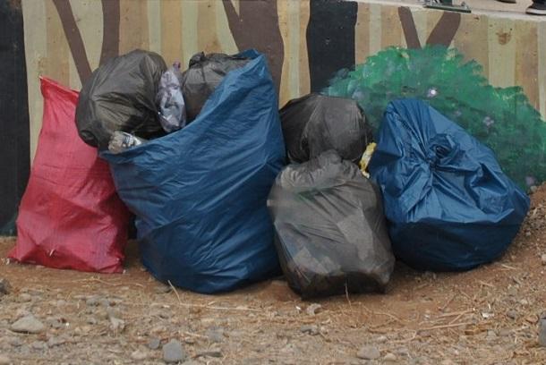 El mito de rociar la basura con cloro