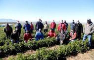 Junto a productores de Tamaya el Ministro Walker celebra el Día Internacional de las Cooperativas