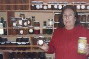 Doña Rosa, microempresaria de Monte Patria, sigue firme con sus exquisitas preparaciones