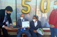 Matrimonio de Recoleta en Ovalle recibe bono por sus 50 años de casados.