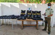 Interceptan vehículos con cargamento de marihuana, armas y chalecos y cascos de la PDI