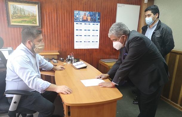 Claudio Rentería inscribió su candidatura para postular al sillón alcaldicio de Ovalle
