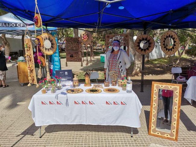 En Feria emprendedoras indígenas de Ovalle dan muestra de su cultura y tradiciones